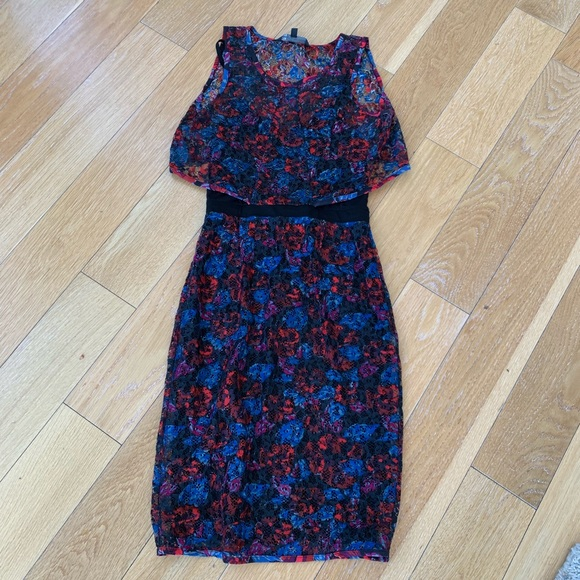 Marc By Marc Jacobs Dresses & Skirts - Marc By Marc Jacobs floral dress